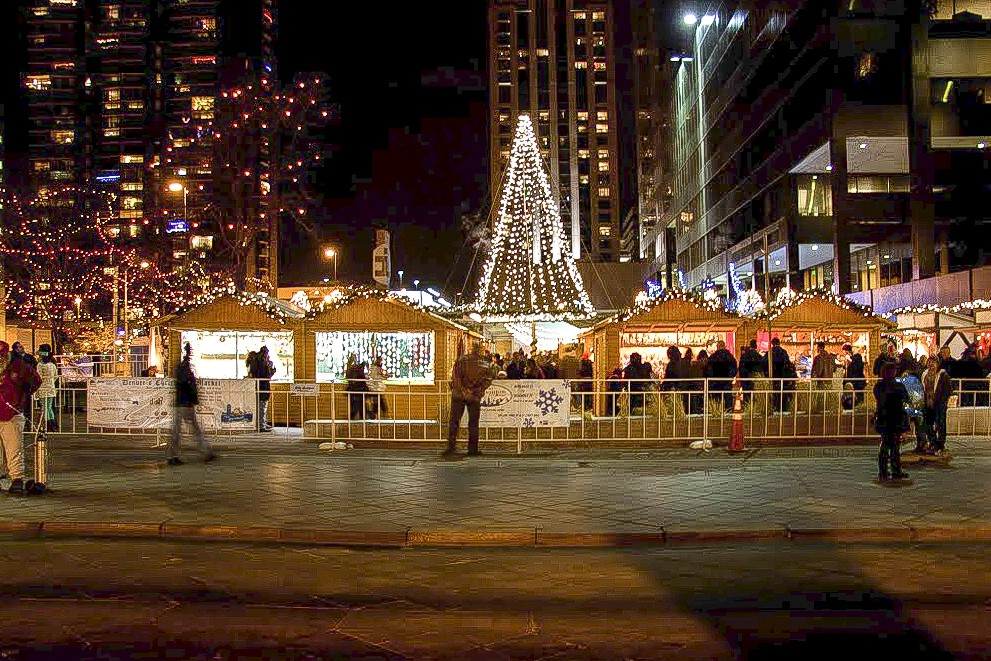 Denver Christkindl Market | Christimas Market Gifts & Entertainment